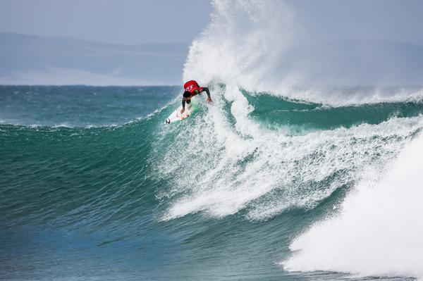 Gabriel Medina (SP) (Pierre Tostee / WSL via Getty Images)